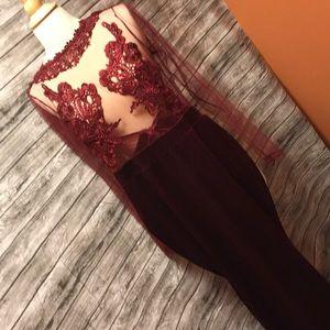 Open back lace velvet dress